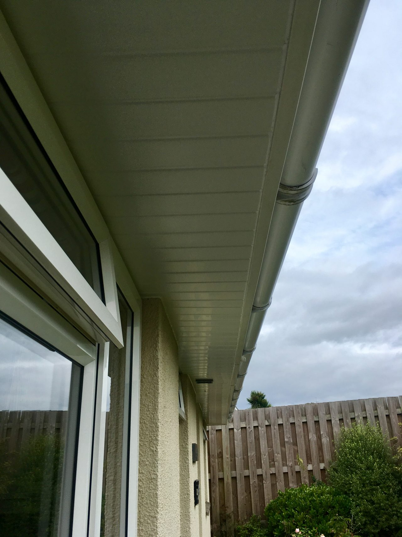Firestone Flat Roof With White Hollow Soffits Fitted In
